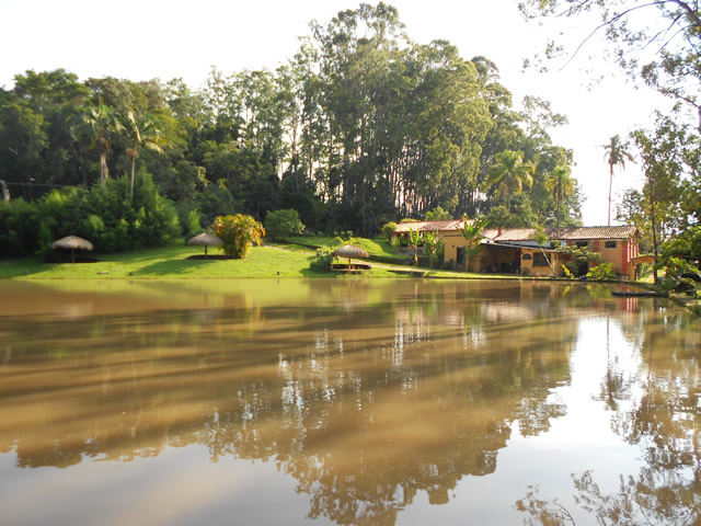 lago-da-da-fazenda-paraiso